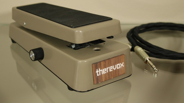 overview picture of the Therevox Expression Pedal